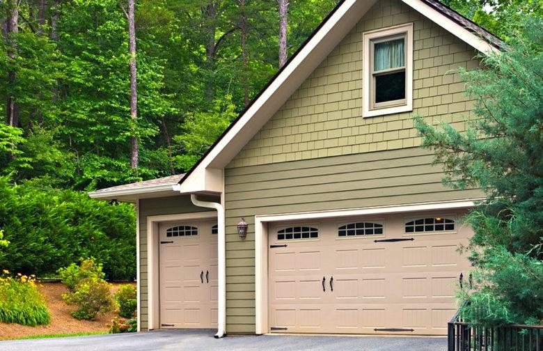 Garage Doors, Garage Door Installation, Garage Door Sales, Garage Door Replacement and Garage Door Opener in Lewisville, TX