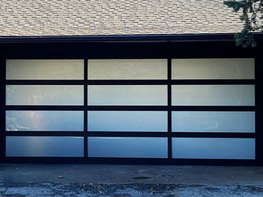 Professional Garage Door Panel Repair and Replacement in Dallas, Plano, McKinney, Fort Worth and Richardson, TX
